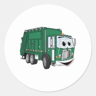 Dibujo animado sonriente verde del camión de pegatina redonda