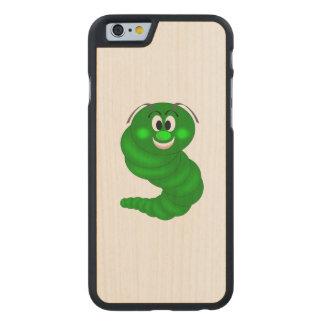 Dibujo animado verde de la oruga funda de iPhone 6 carved® slim de arce