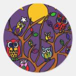 Dibujo animado XY del arte popular de los búhos Pegatinas Redondas