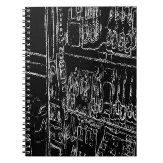 dibujo blanco y negro del estante spiral notebook