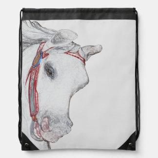 Dibujo de lápiz caprichoso de la cara del caballo  mochila