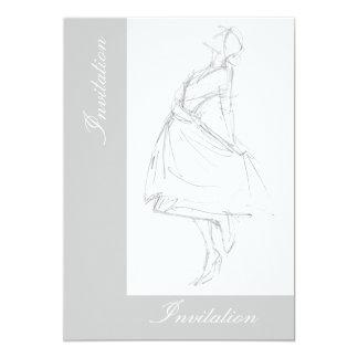 """Dibujo de lápiz elegante de la mujer en vestido invitación 5"""" x 7"""""""