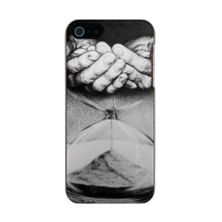Dibujo de lápiz surrealista del reloj de arena del carcasa de iphone 5 incipio feather shine