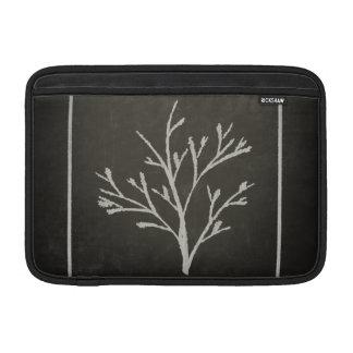 Dibujo de tiza de ramificación del árbol joven del fundas para macbook air