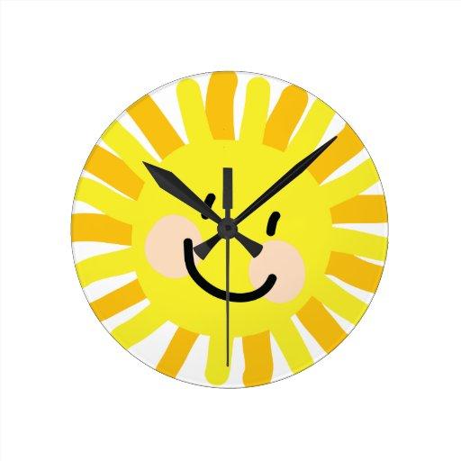 Dibujo del niño de Sun Reloj Redondo Mediano