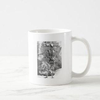 Dibujo del vintage de un esqueleto posterior del r tazas de café