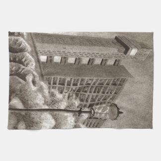 Dibujo original de la torre de Trellick Toallas De Mano