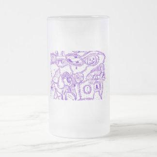 Dibujo púrpura de la tinta del mundo púrpura de taza de cristal