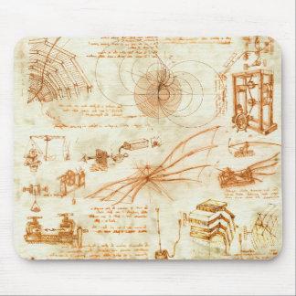 Dibujo técnico y bosquejos de Leonardo da Vinci Alfombrillas De Ratones
