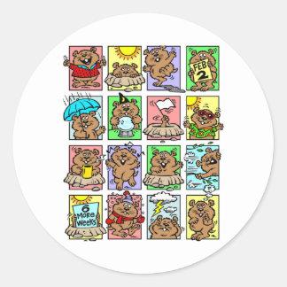 Dibujos animados divertidos del día de la marmota pegatina redonda