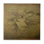 Dibujos lineales de los pájaros del oro del vintag tejas
