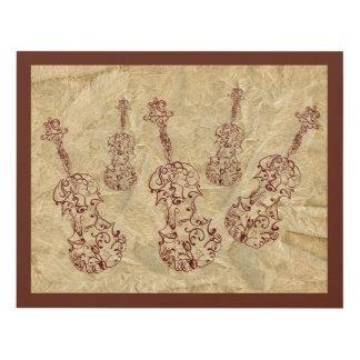 Dibujos lineales del violín en viejo efecto de cuadro