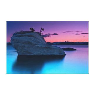 Dicha púrpura, roca de los bonsais impresiones en lona estiradas