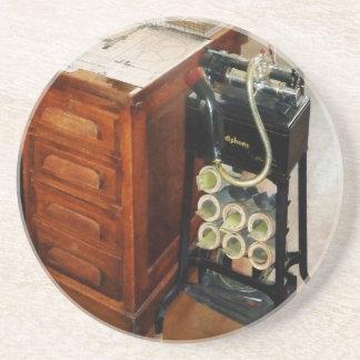 Dictáfono pasado de moda posavasos diseño