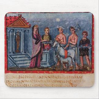 Dido making a sacrifice, from Vergilius Vaticanus Mouse Pad
