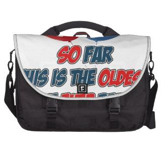 diecinueveavo diseños del cumpleaños del año bolsas para portátil