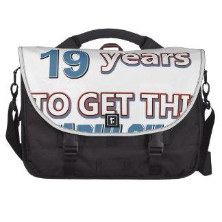 diecinueveavo diseños del cumpleaños del año bolsas de portatil