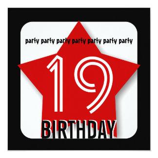 """diecinueveavo La fiesta de cumpleaños invita a la Invitación 5.25"""" X 5.25"""""""
