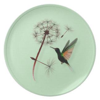 Diente de león y pequeña placa verde del colibrí plato para fiesta