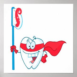 Diente sonriente lindo del super héroe con el cepi póster
