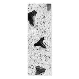 Dientes del tiburón plantilla de tarjeta de negocio