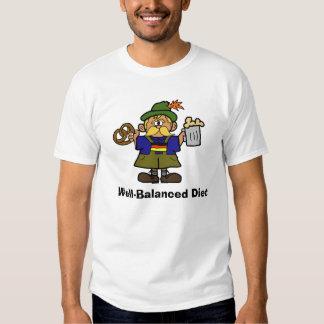 Dieta bien equilibrada - pretzeles y camiseta de poleras