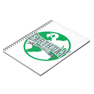 Diferencia del Día de la Tierra Spiral Notebooks