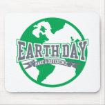 Diferencia del Día de la Tierra Tapetes De Ratones