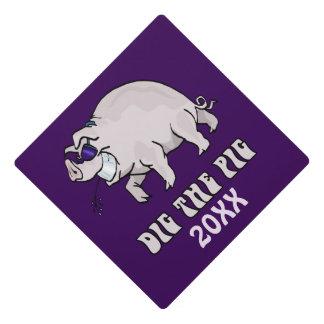 Dig the Pig Graduation Cap Topper