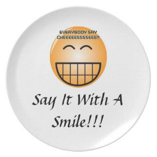 ¡Dígalo con una placa de la sonrisa! Plato De Comida