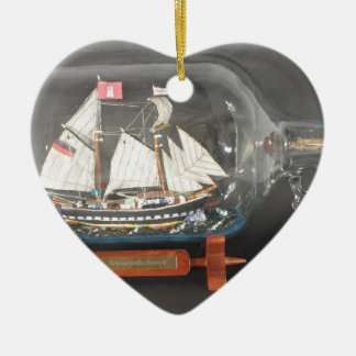 Digging ship Topsegelschoner of 4 litres of bottle Ceramic Ornament