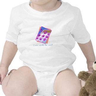 Digno de la espera trajes de bebé