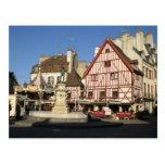 Dijon, Carouselle y café Postales