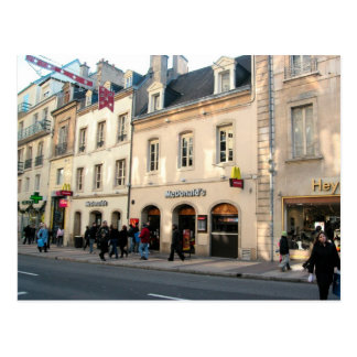 Dijon edificio medieval usado para los alimentos postal