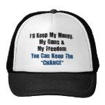 Dinero, armas y libertad gorros bordados