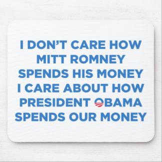 Dinero de Romney Mousepads