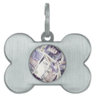 Dinero, dinero, dinero… en un mundo del hombre ric placa mascota