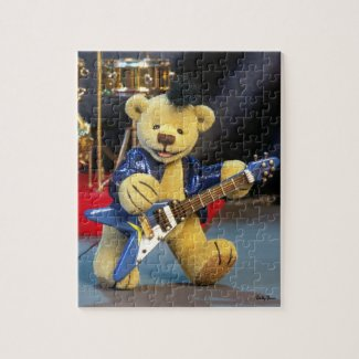 Dinky Bears Guitarist