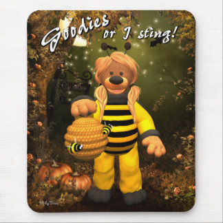 Dinky Bears Little Trick or Treat Bee Mouse Pad