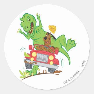 Dinosaurio Attack1 de Scooby Doo Pegatina Redonda