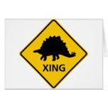 Dinosaurio de la muestra de la carretera de la tarjeta de felicitación