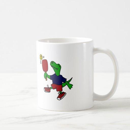 Dinosaurio divertido de T-Rex que juega Pickleball Taza