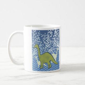 Dinosaurio verde en el zigzag Chevron - azul y bla Taza De Café