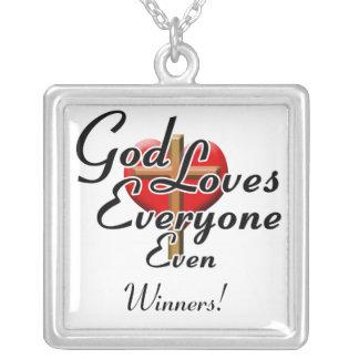 ¡Dios ama a ganadores! Colgante Cuadrado