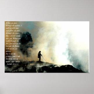 Dios bendice a nuestros bomberos póster