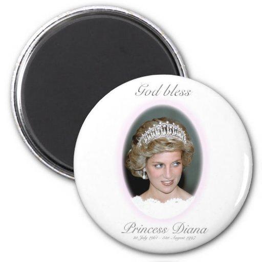 Dios bendice a princesa Diana Iman De Nevera