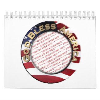 Dios bendice el marco patriótico de la foto de calendarios de pared