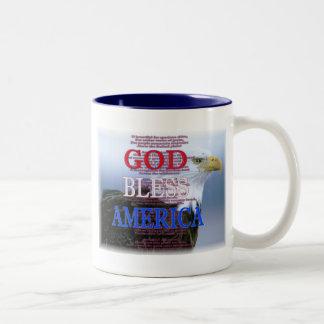 Dios bendice la taza de América