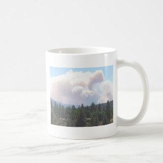 Dios bendice la taza de los bomberos