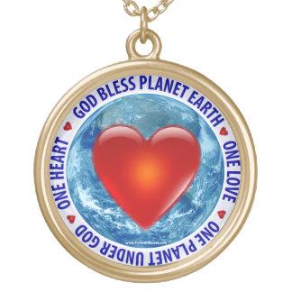 Dios bendice la tierra del planeta - collar
